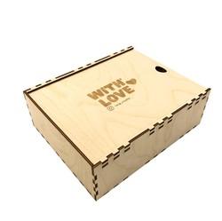 Коробка-пенал из фанеры под новогодние подарки, крышка с гравировкой